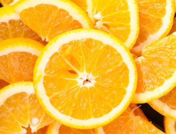 Suplementy diety z witaminą C